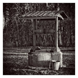 a_Well_by_jjuuhhaa